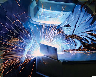 Congratulations to all welders of the country on a professional holiday!
